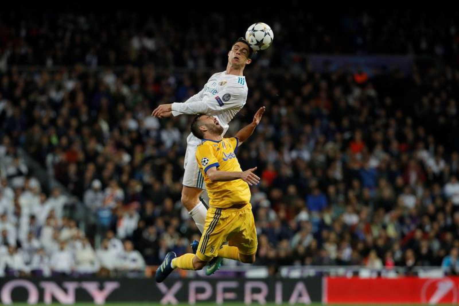 El Real Madrid lo consigue con el gol del «Mister Champion»