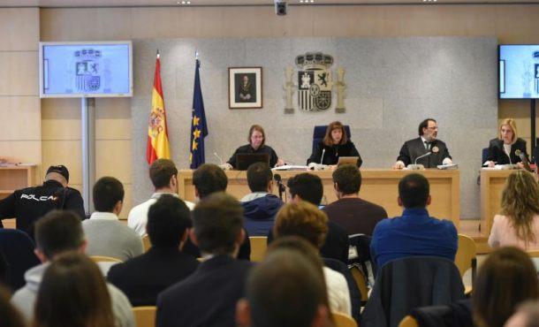 """El fiscal """"fascismo"""" de proetarras acusados de la agresión de españolas en Alsasua"""
