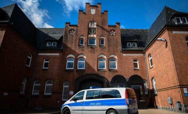 La extradición de Puigdemont a España se basa en cargos de rebelión y malversación