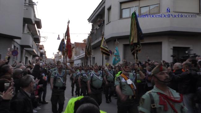 Entrada espectacular de La Legión con «dos cojones» en Palafolls (Barcelona)