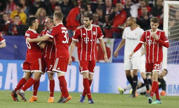 Sevilla pierde su oportunidad de oro y el Bayern deja la semifinal muy favorable (1-2)