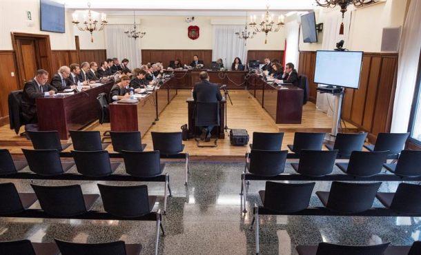 """UCO: Las ayudas de los ERE son """"ilegales"""" porque """"hay mil cosas irregulares"""""""