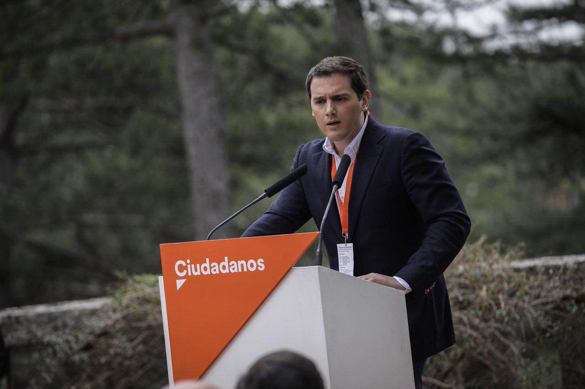 """Rivera: """"Cs está preparado para gobernar España"""" y confirma el gran fichaje de Valls"""