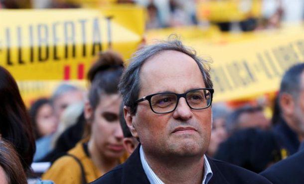 Primera concentración del ultra racista Quim Torra contra España junto a ANC y Ómnium