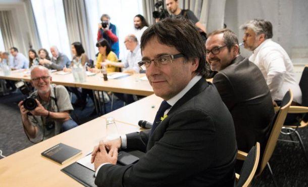 El Tribunal confirma el procesamiento de Puigdemont y rechaza los recursos de los delincuentes