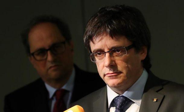"""Puigdemont dice que quiere """"negociar"""" su libertad """"con Rajoy"""""""