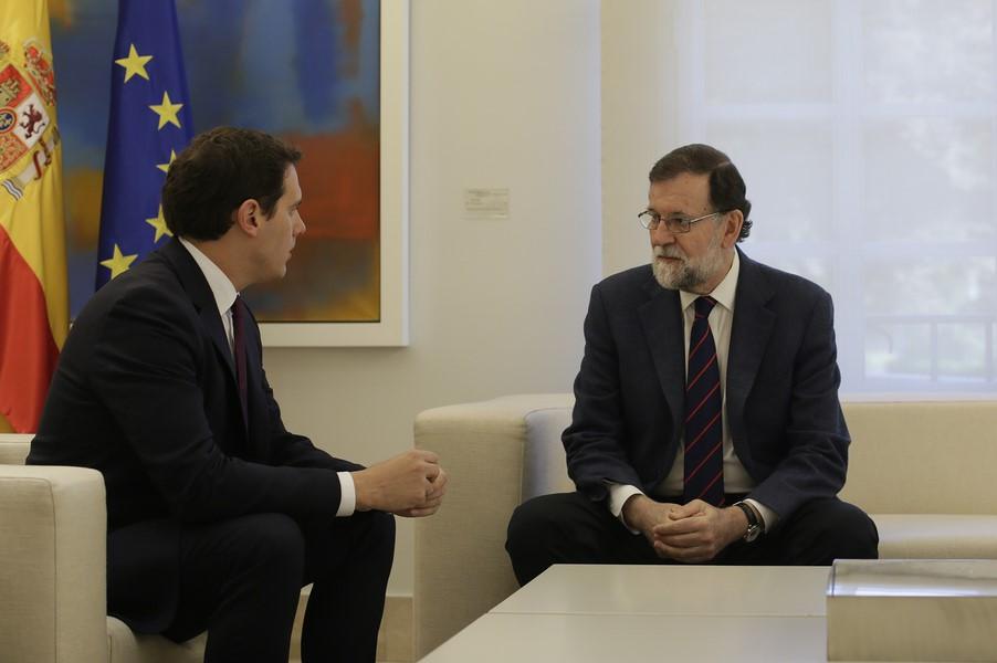 """Rivera pide a Rajoy """"extender el 155"""" para """"controlar TV3, los Mozos y la Educción"""""""