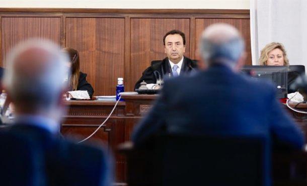 El Juicio eterno de los ERES falsos de Andalucía acaba con la paciencia del Juez