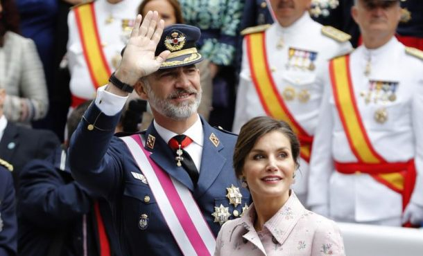 Más de 50 mil personas asisten en Logroño al «Día de las Fuerzas Armadas» presidido por los Reyes