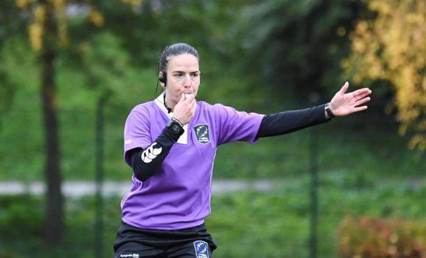 La árbitra española Alhambra Nievas, una apasionada del deporte que busca una igualdad