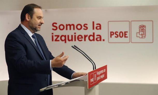 """El PSOE y PP de Rajoy se plantean abrir negociaciones """"políticas"""" con Quim Torra"""