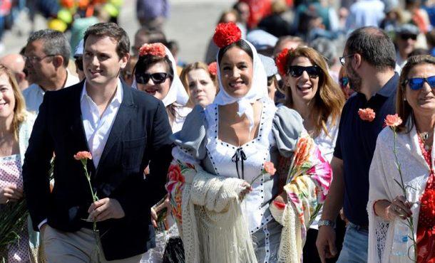 """Rivera exige """"rectificación"""" a Rajoy en Cataluña ante un """"racista Quim Torra"""""""
