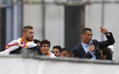 """""""Cristiano quédate"""", el cántico que estalló en el Bernabéu"""