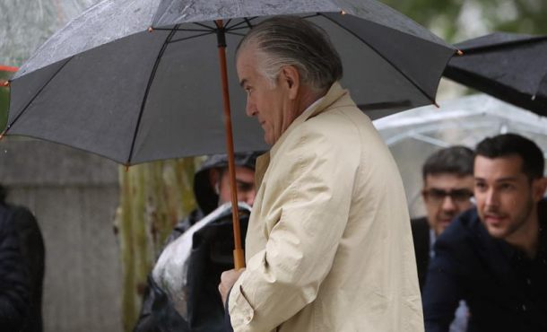Bárcenas y su mujer llegan a Audiencia Nacional para saber si irán a prisión