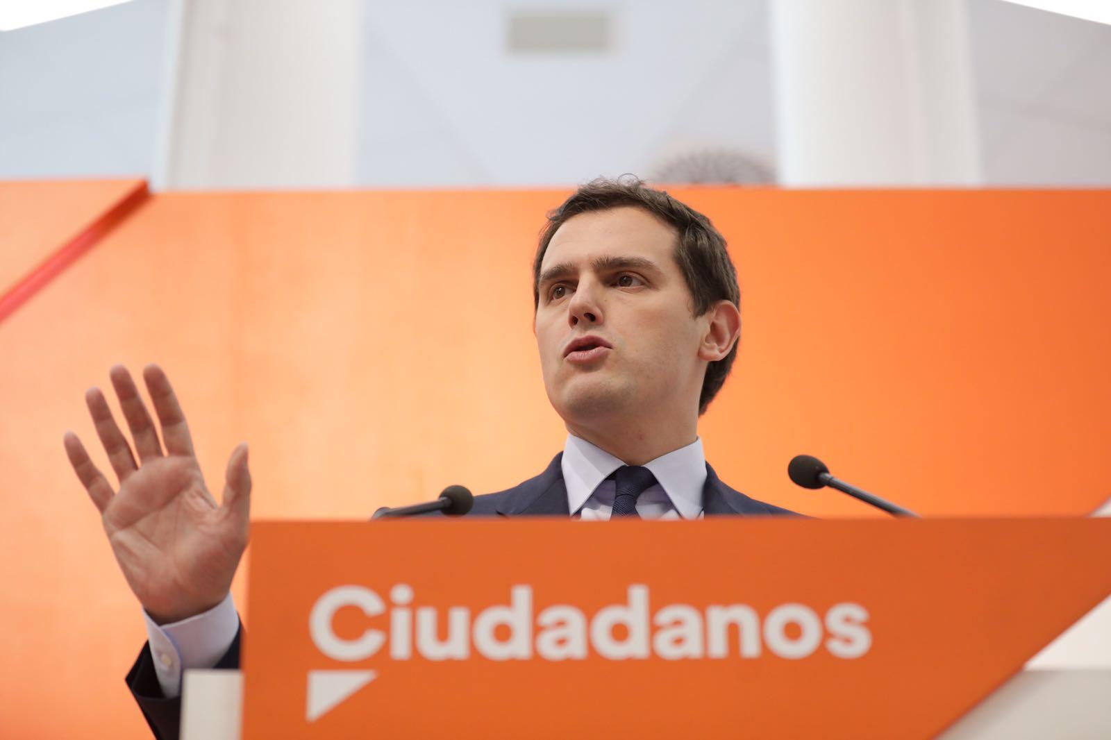 Ciudadanos Cs pacta con Puigdemont y Junqueras sobre TV3 para vetar a VOX
