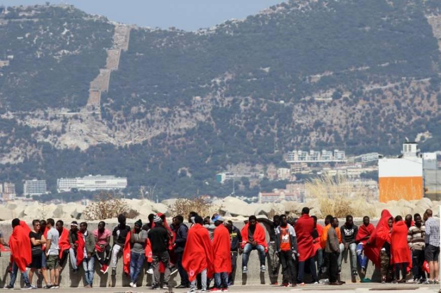 273 inmigrantes rescatados este martes 26 de junio en el Estrecho español tras el Aquarius