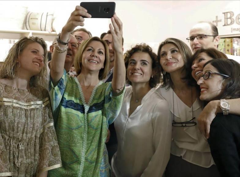 Casi todo el PP Cataluña apoya la candidatura de Cospedal
