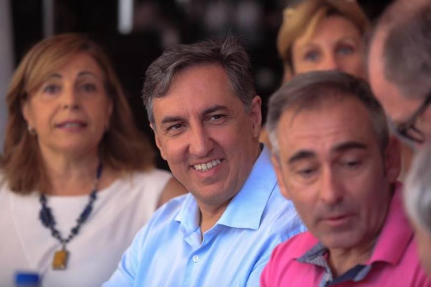 """Desconocido candidato a liderar el PP defiende """"el castellano y derecho a usarlo"""" en toda España"""