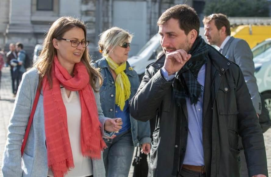 El juez rechaza la recusación de los exconsejeros fugados a Bélgica