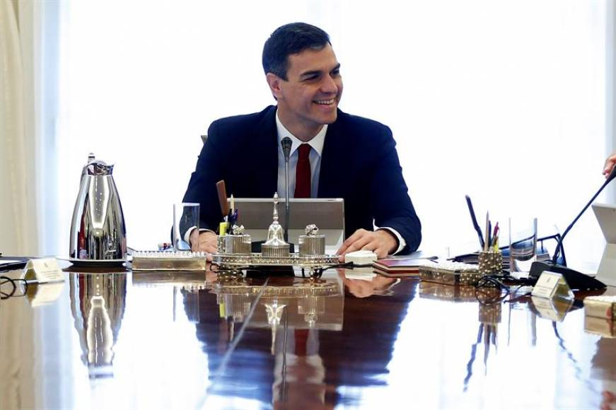 Sánchez instaurá la Sanidad Universal en España, Hospitales y medicamentos gratis para todos