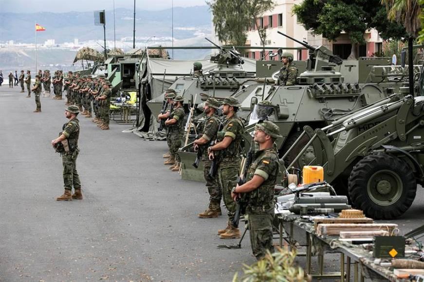 Mueren 2 hijos de España al volcar un vehículo de combate blindado