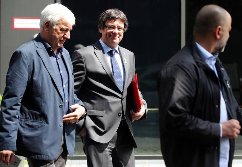 Al banquillo, los acompañantes de Puigdemont cuando fue detenido en Alemania