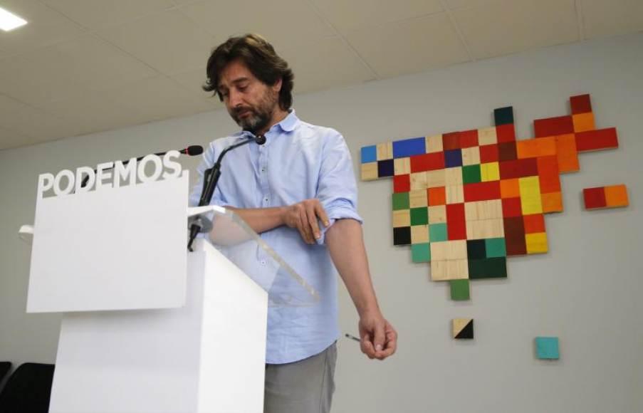 Podemos apoya a Torra, rechaza al Rey y pide reconocer la República Catalana