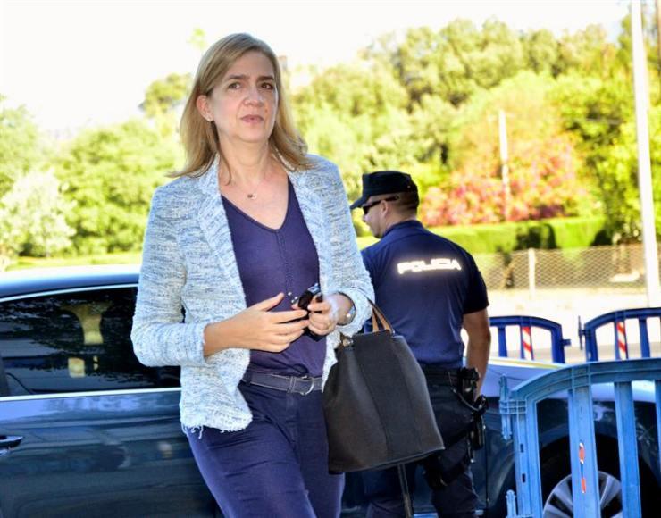 La Justicia rebaja la responsabilidad de la mujer de Urdangarin en «Caso Nóos»