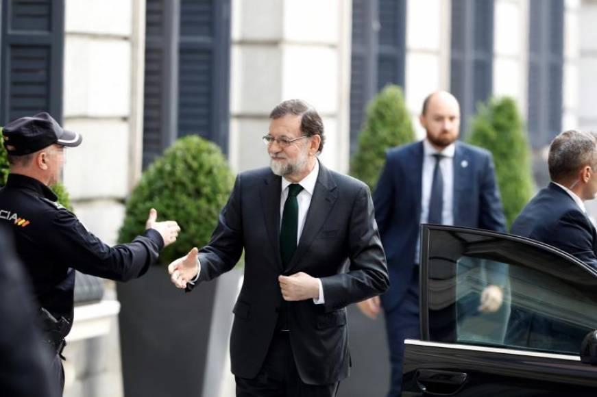 """Rajoy: """"Ha sido un honor"""", acepto mi derrota, """"suerte a todos ustedes"""""""