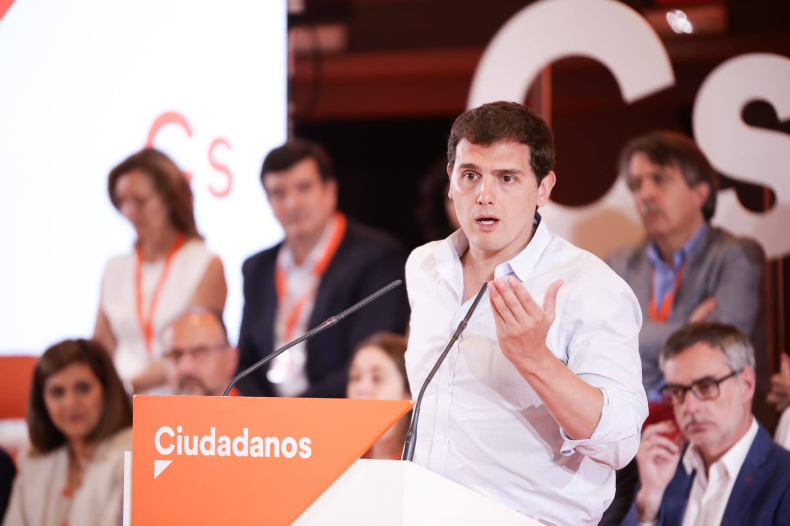 """Rivera: """"Sánchez se ha cargado la RTVE"""" y la convierte la Televisión de Podemos y PSOE"""