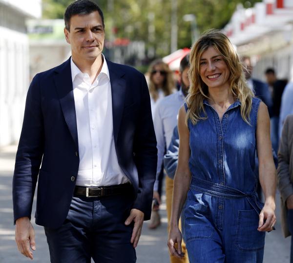 El Gobierno de Sánchez defiende el «enchufe» de la mujer de Sanchez en le (IE) de Madrid