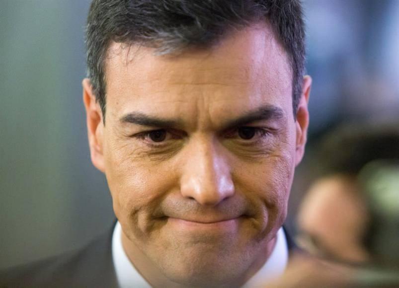 Sánchez acojonado, Franco seguirá para rato en el «Valle de los Caídos» por España