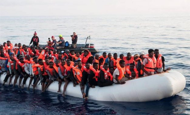 Incrementa la llegada de inmigrantes a Cataluña, más de 100 mil ilegales