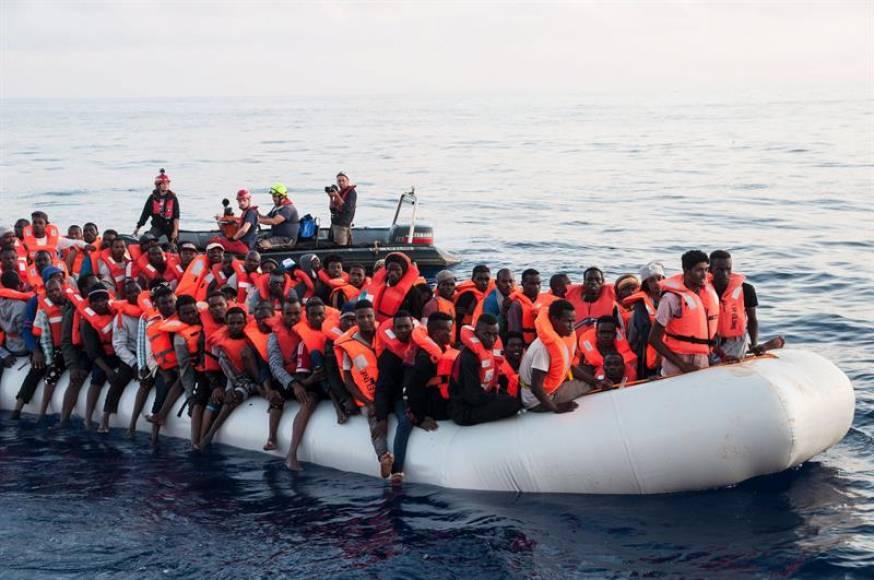 Gobierno de Sánchez: No habrá más papeles y ayudas sociales a inmigrantes ilegales