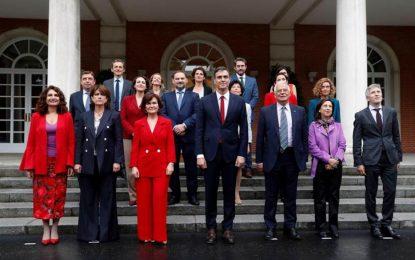 Sánchez, abocado a una crisis de Gobierno por su ministro de Cultura pillado por Hacienda