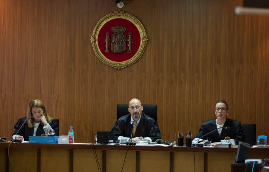 El Tribunal cita a Urdangarin para entregarle la orden de su ingreso en prisión