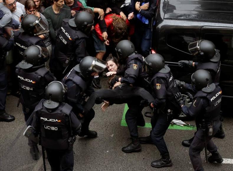 El juez archiva las denuncias fascistas contra los héroes del 1-O en Cataluña