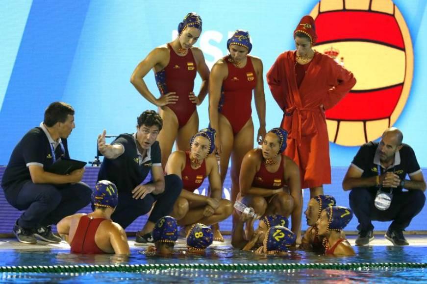 España tumba a la campeona de Europa en su debut
