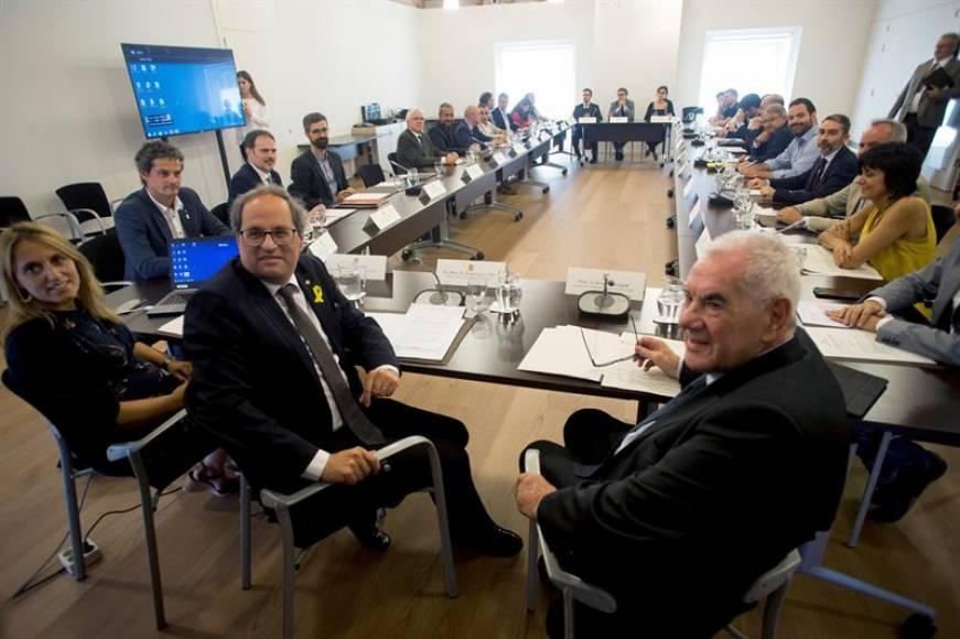 """Reactivan el Diplocat suspendido por el TC y un """"Consejo de la República"""" liderado por Puigdemont"""
