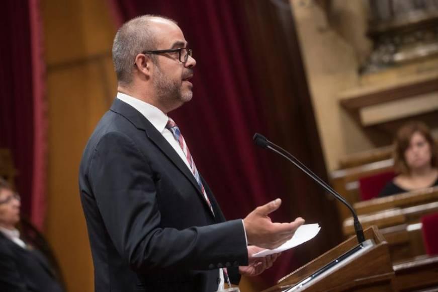 Tribunal catalán retoma la causa por desobediencia contra Consejería de Interior fascista el 1-O