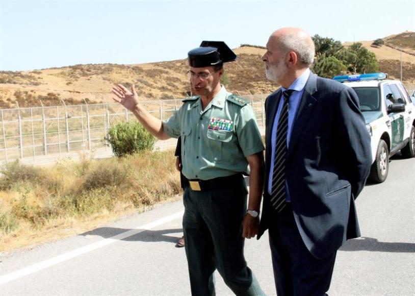 """Guardia Civil, """"preocupada"""" por la invasión migratoria de Ceuta y ataques de los asaltantes"""