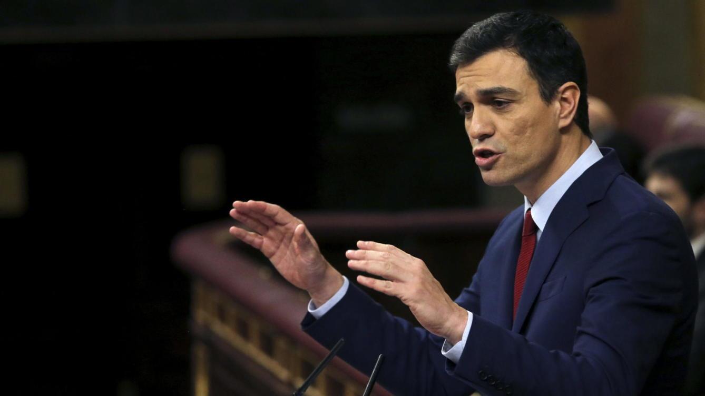 Sánchez quiere el dialecto catalán en toda España y liquidar el castellano en Cataluña