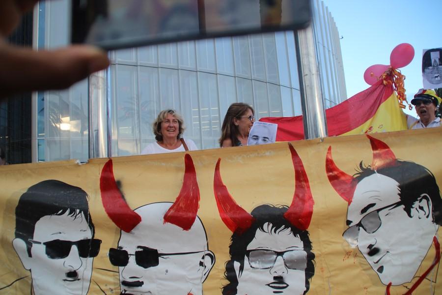 La abogacía del Estado en pie desde Bélgica contra la ofensiva fascista de Puigdemont