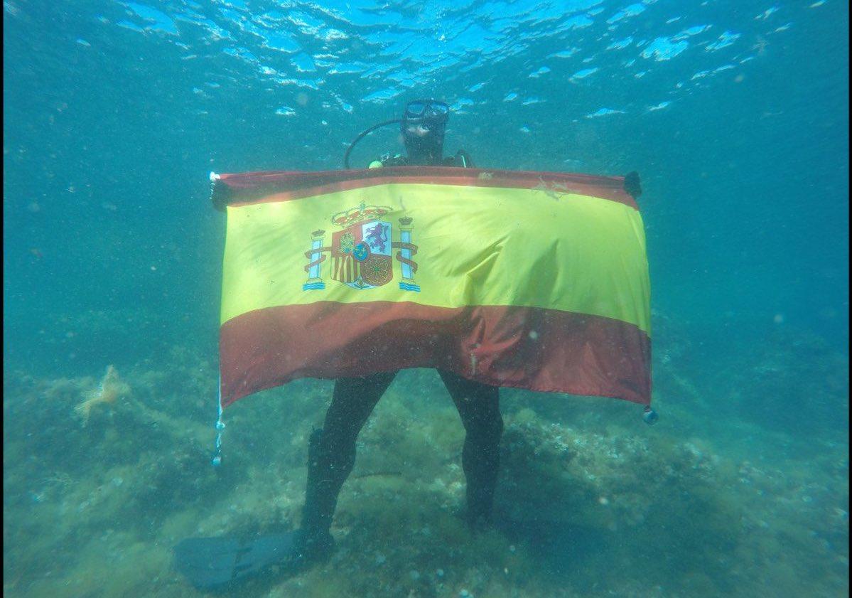 La Armada Española neutralizan un proyectil en Islas Hormigas cerca de Palamós (Gerona)