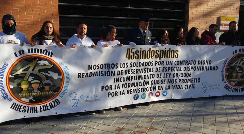 «45 Sin Despidos» denuncia en un informe el impacto del despido a los 45 años en Ejército