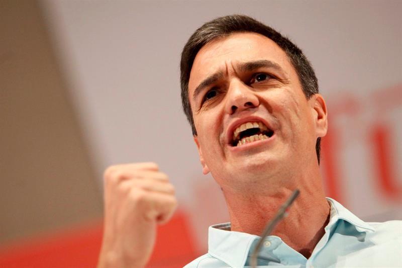 Pedro Sánchez quiere ilegalizar las asociaciones franquistas