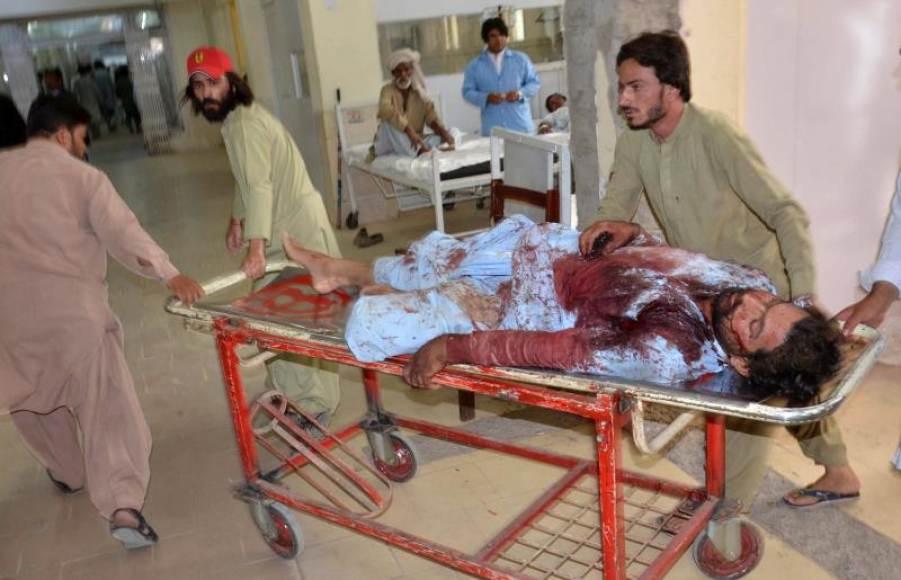 Pakistán vive una jornada sangrienta con 132 muertos