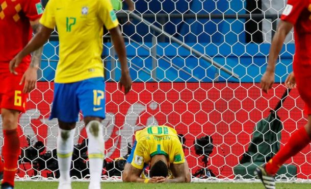 El equipo del español Roberto Martínez derrota a la máxima favorita de Rusia 2018, Brasil