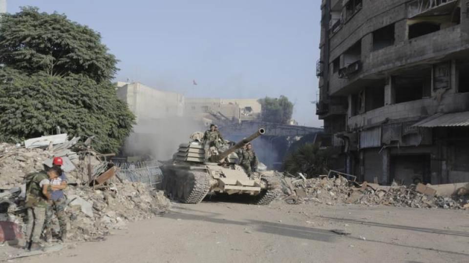 El ejército sirio entra en los barrios rebeldes