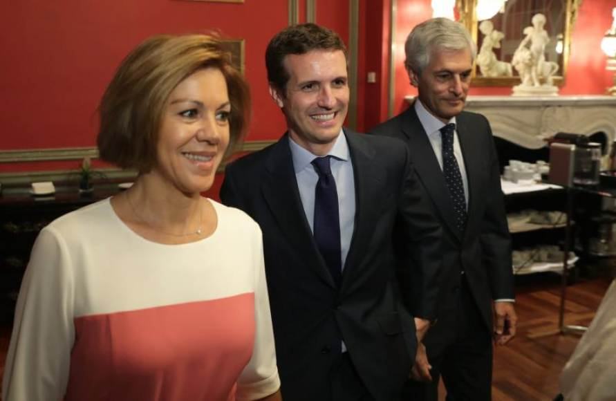 """Cospedal: Apoyo a Pablo Casado como """"magnífica opción"""" para presidir el PP"""
